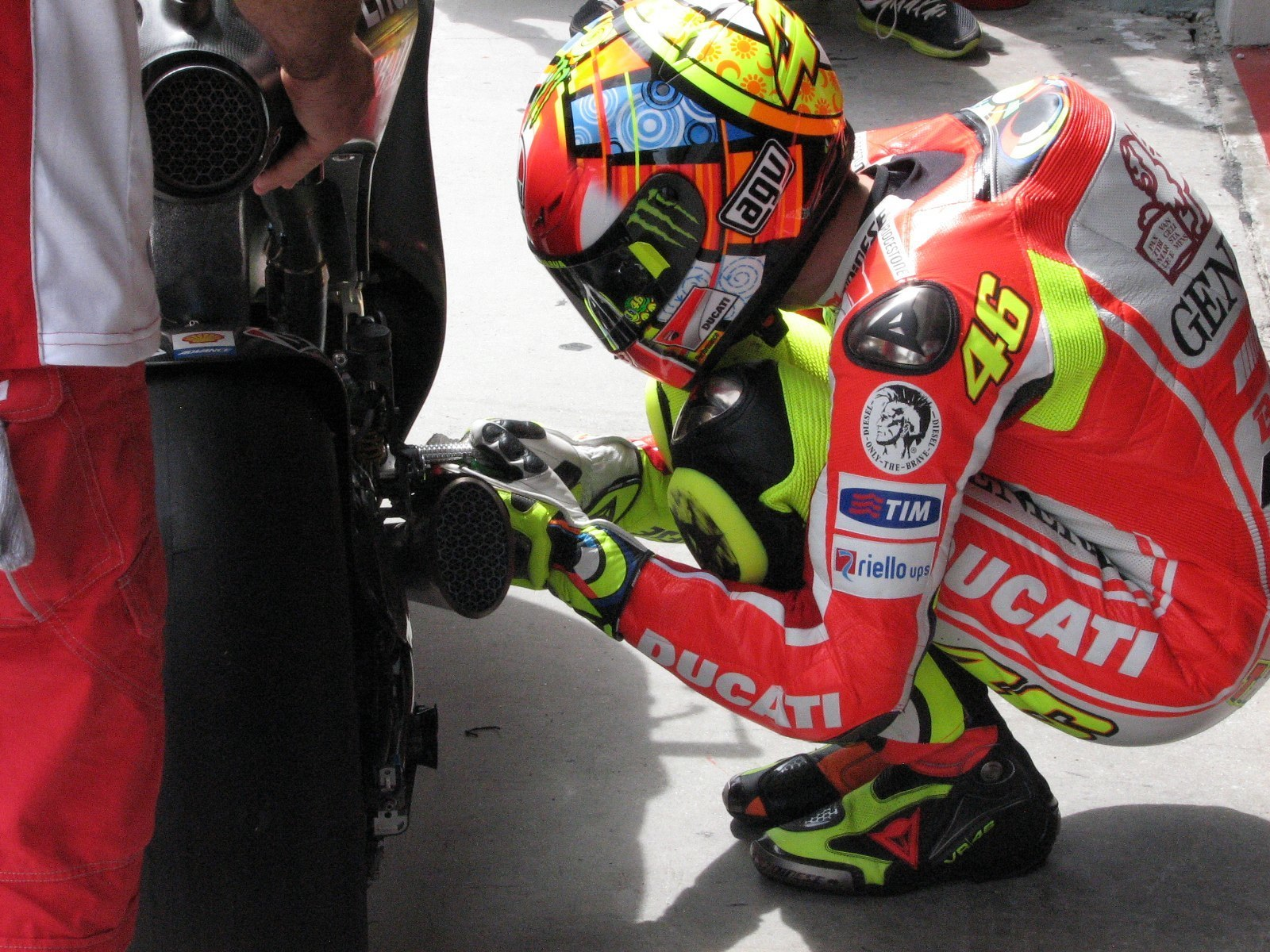 Rossi prepares to go out