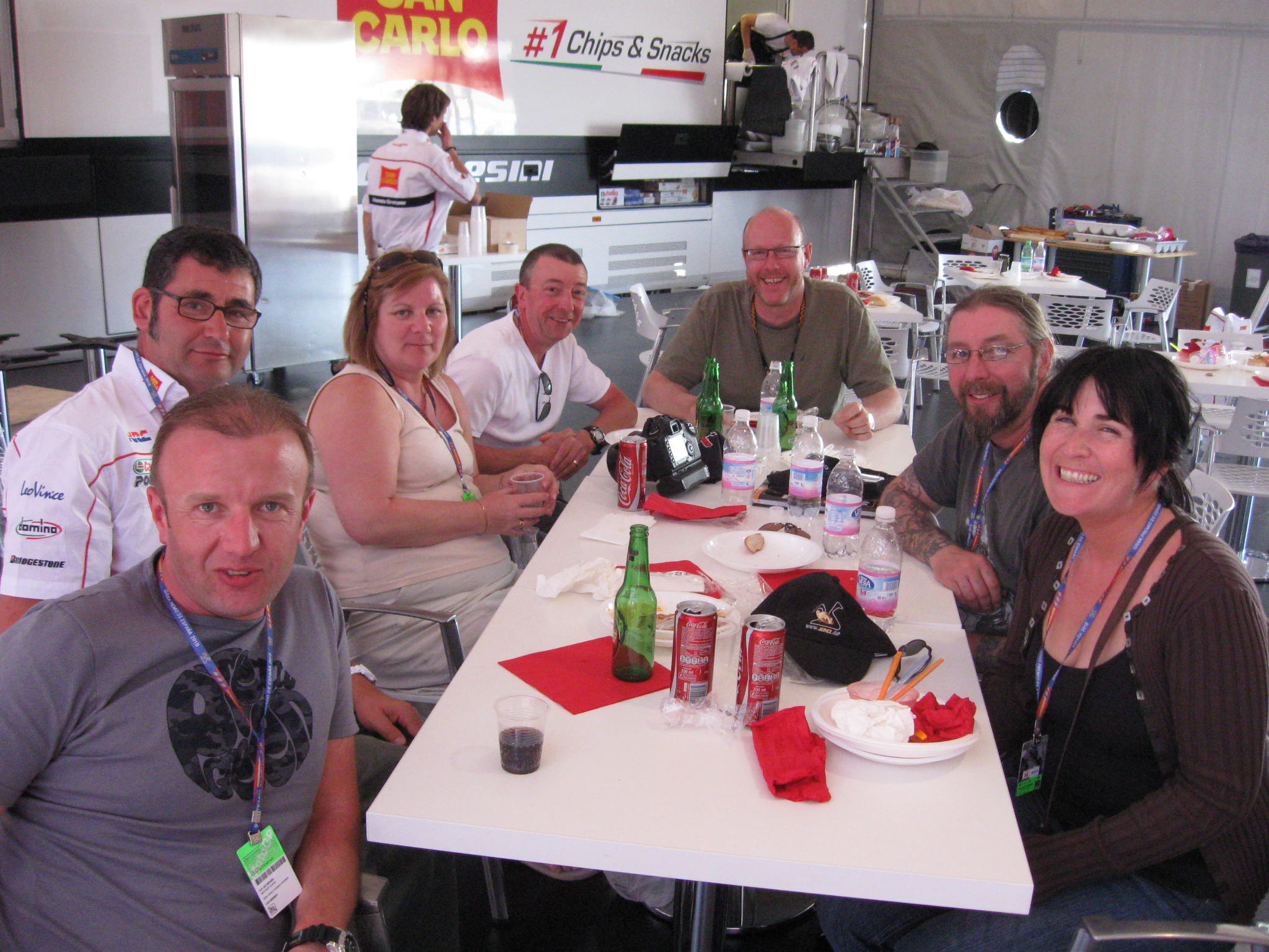Lunch in the paddock with Neil Spalding
