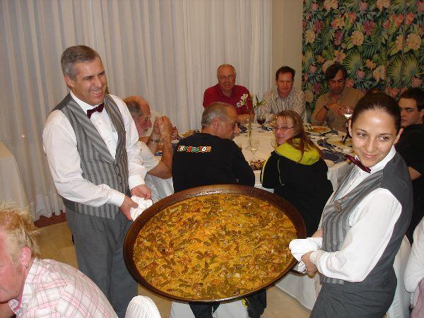 Mammoth Paella is one of three at party!