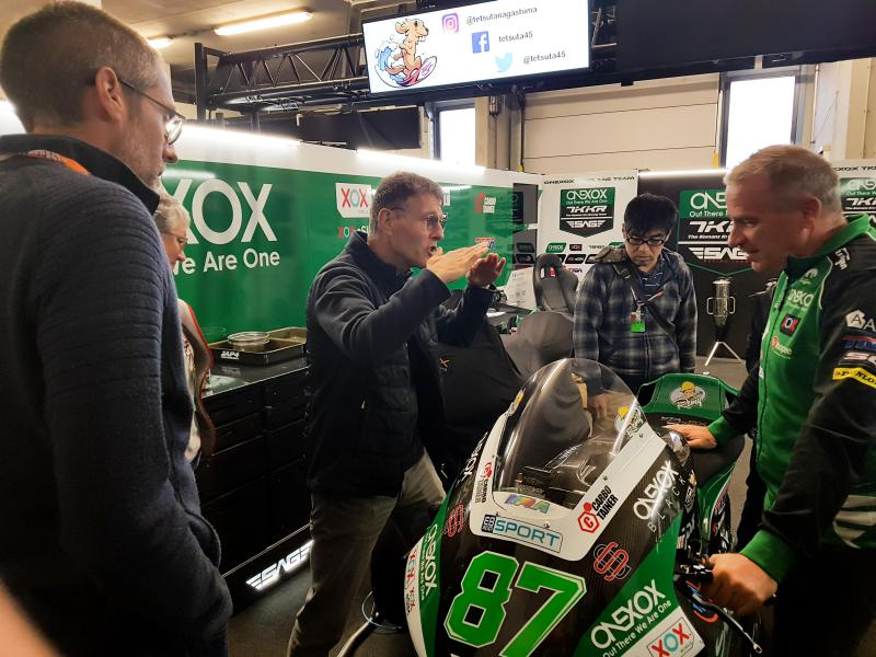 We will visit the garage, sometimes even during a session! Find out what makes a Moto2 bike (and team) tick!