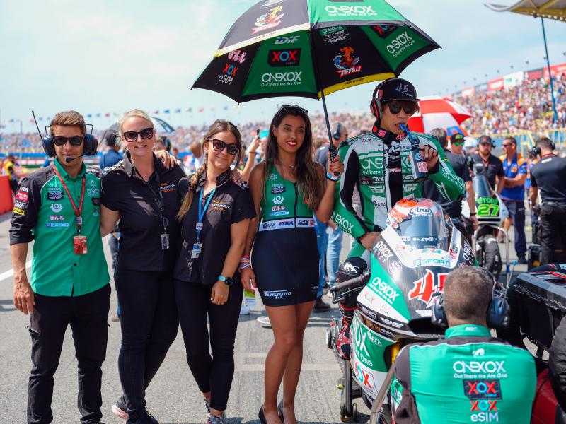 Our Pole Position Club Platinum guests will join the team on the Moto2 start grid!