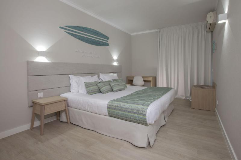 [ID: 16426] Double bedroom in apartment (credit: Pole Position Travel)