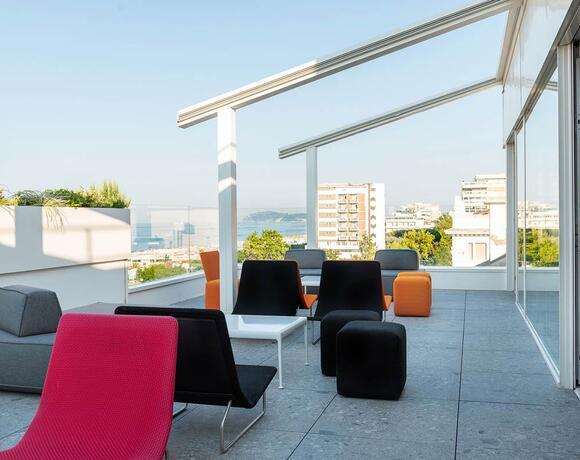 4* Outdoor terrace